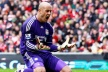Reina: All players from the club are behind Hodgson
