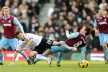 West Ham United drew with Everton and remains in relegation zone