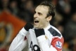 United continues to contract a year Berbatov