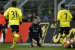 Dortmund no mistake against St. Pauli, Hamburg crush Werder