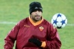 Roma beat punt Adriano after his next sucker?