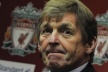Liverpool offer two-year contract of Kenny Dalglish
