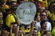 Borussia Dortmund touched his title after a classic against Freiburg