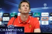 Van der Sar: Raul is amazing, we must be careful with it