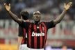 Seedorf countersign a season with AC Milan