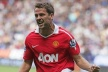 Unlike Berbatov, Owen renew its contract with United