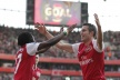 VIDEO: gold reserves out Arsenal's Van Persie