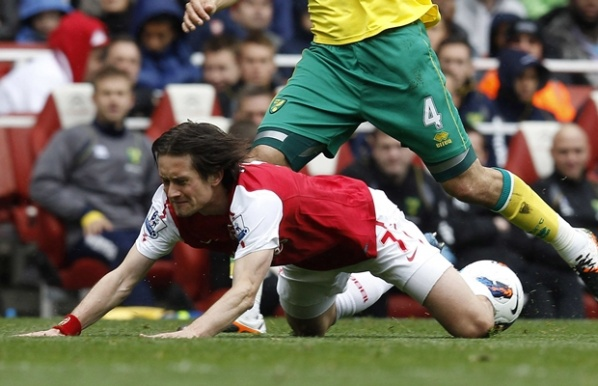 Rosicky on line until the beginning of Euro 2012