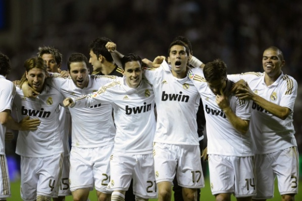 Real Madrid started the controls with 5:1 victory over Oviedo