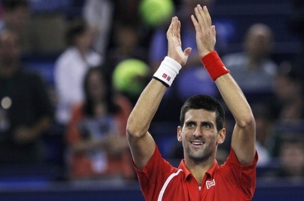 Djokovic in the final in Shanghai, is waiting Federer or Murray