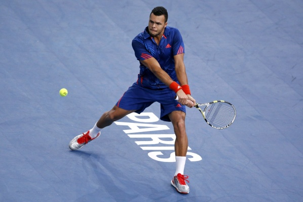Tsonga qualified for the quarterfinals in Paris