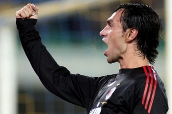 Galliani does not want Nesta in Milan