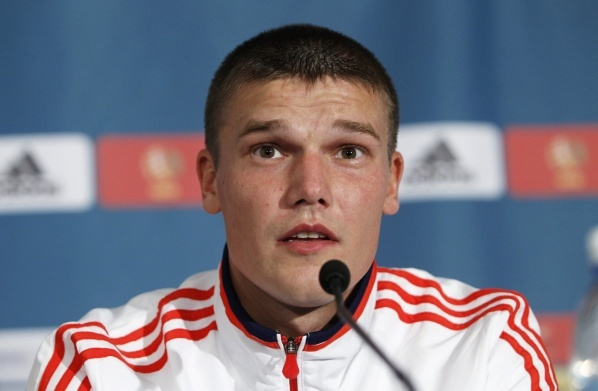 Igor Denisov before a new contract with Zenit