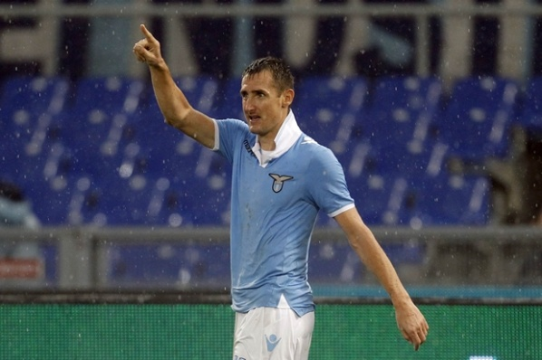 Klose in line for the game against Juventus