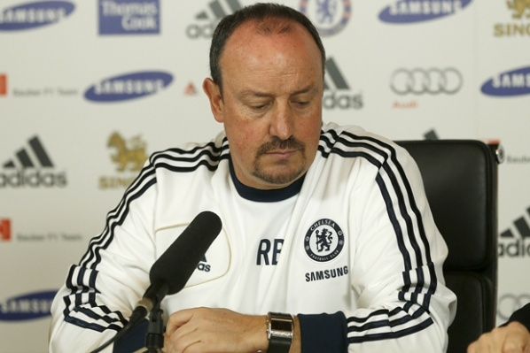 New boos for Benitez, the Spaniard is disappointed in the players