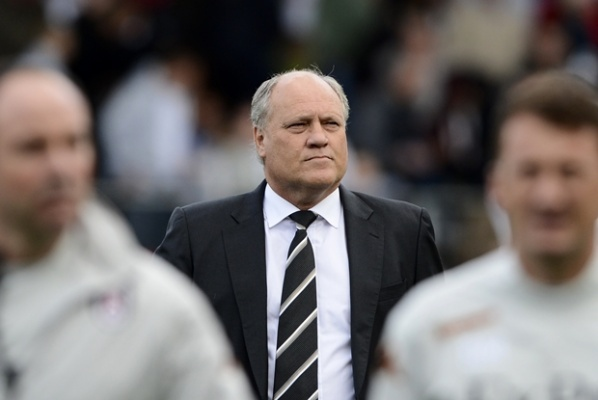 Martin Jol does not want a new striker,because he has Berbatov