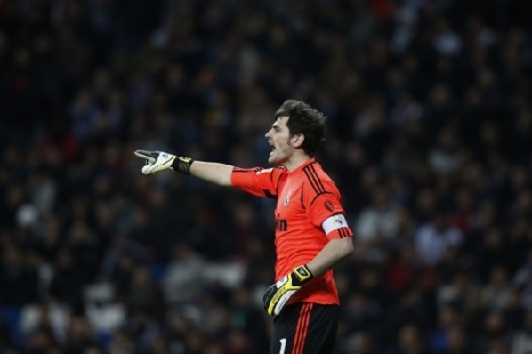 Casillas works tirelessly