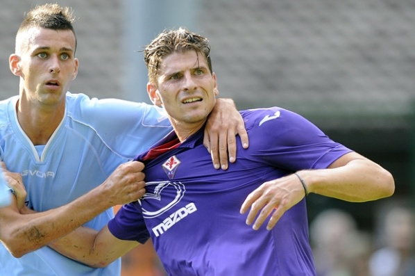 Mario Gomez started with 7:1 and two goals