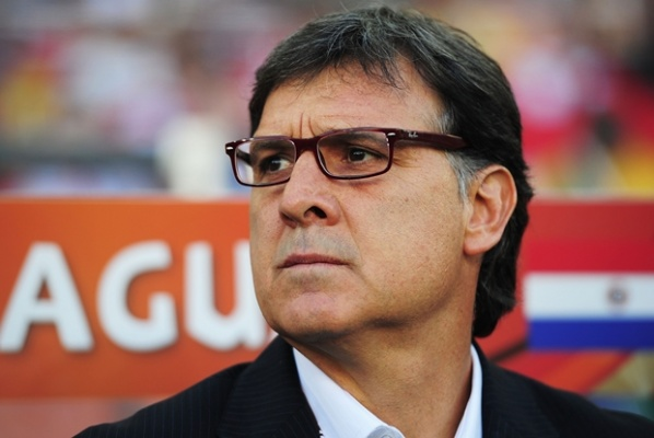 Cruyff: Martino will succeed in Barcelona