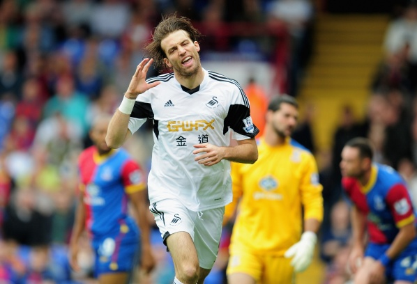 Michu: I will share my dressing room with the best in the world