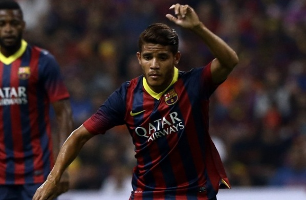 Dos Santos with a torn cruciate ligament in the knee