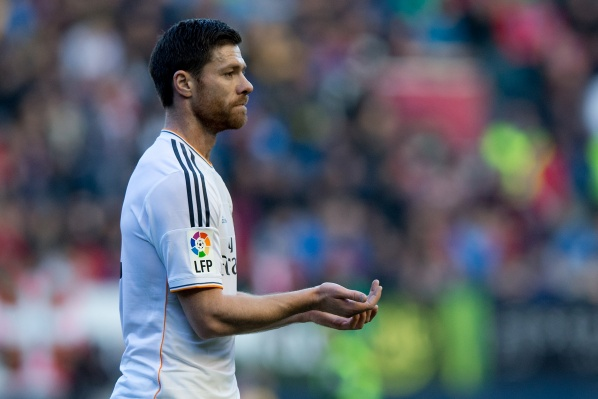 Official: Xabi Alonso remains two more years at Real Madrid