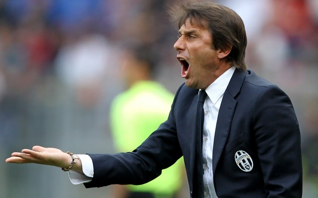 Conte calls veterans for his debut at the head of Italy