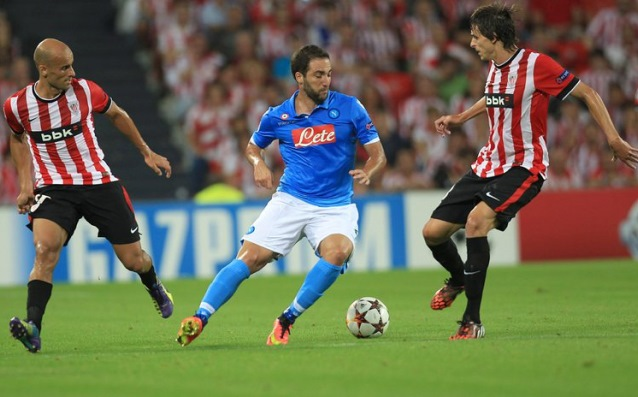 Athletic Bilbao took the derby with Napoli and in the groups of Champions League
