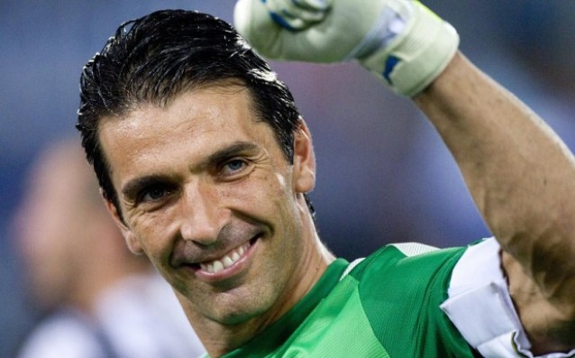 Buffon will sign with Juventus until 2017