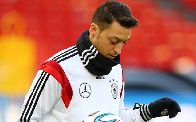 Ozil left the camp of Germany, will be examined in Munich