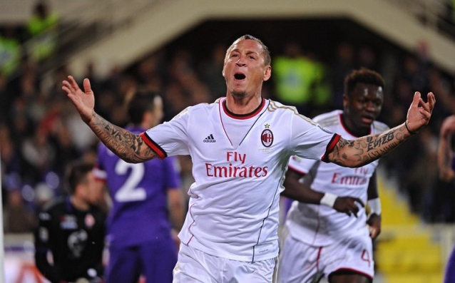 Philippe Mexes agrees to reduce his salary