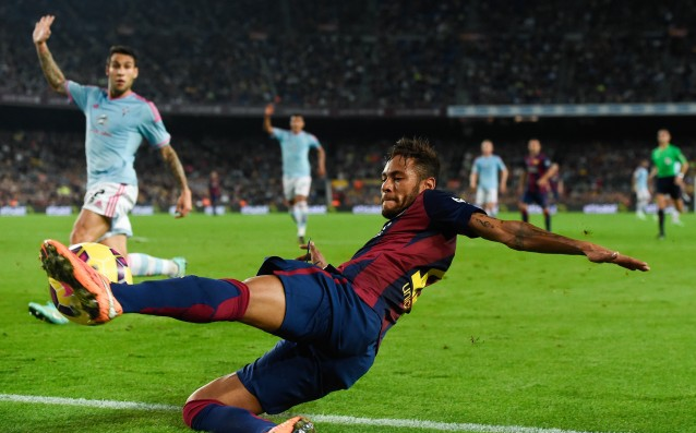 Barcelona offers a new contract to Neymar
