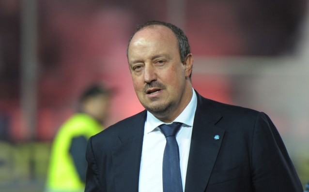 Napoli hold Benitez with a new three-year contract