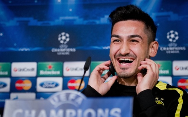 Gundogan remains faithful to Borussia Dortmund