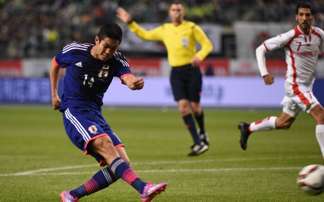 Chelsea wants a Japanese player, offered $4 million pounds for him