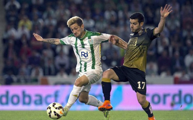 Elche took a breath of air in the struggle for survival, they won the final
