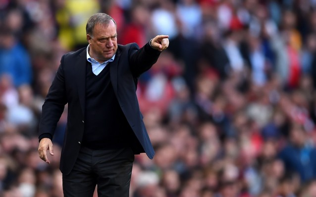 Sunderland will extend the contract of Advocaat
