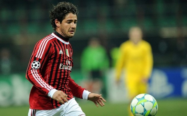 Former player of Milan has offered himself to Inter