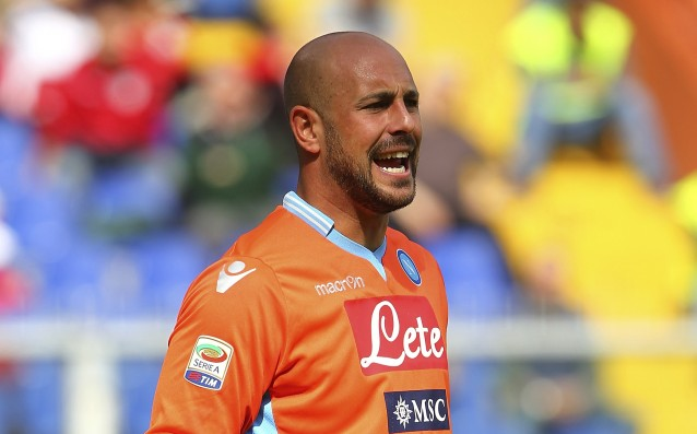 Reina passed medical examinations in Napoli