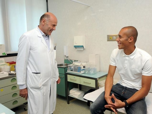 Miranda is passing medical examinations in Milan