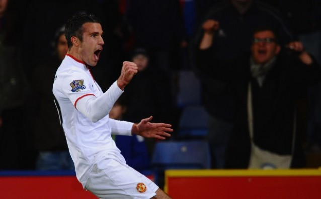 Nani: 'Van Persie must leave United.'