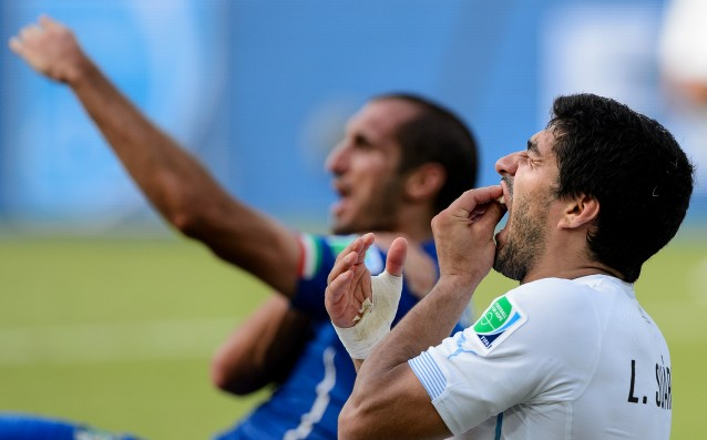 FIFA did not reduce the punishment of Suarez for the bite of Chiellini