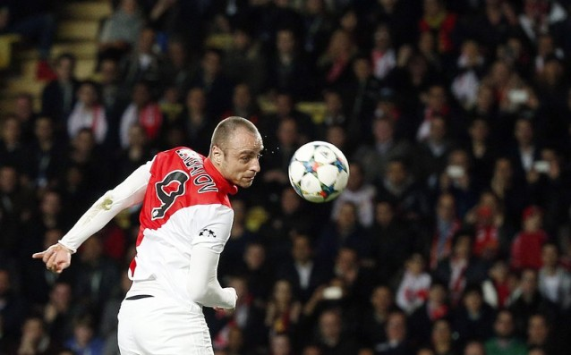 Berbatov has refused to Galatasaray because of the interest of Aston Villa