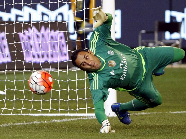 Navas will get the place of Casillas