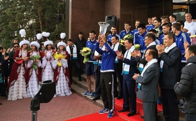 Murray and Astana were welcomed like heroes