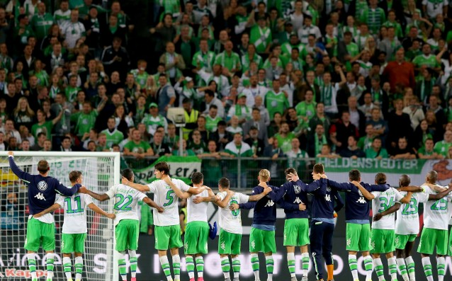 Wolfsburg invited 1,200 refugees to a match of the Champions League