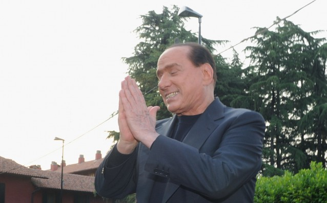 Berlusconi gave up the plans for a new stadium