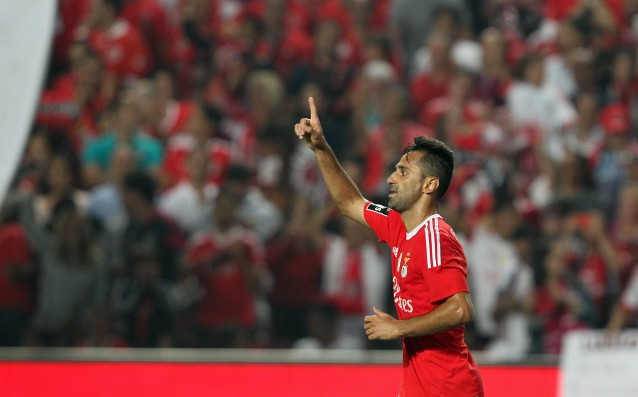 Former Valencia player continued his contract with Benfica