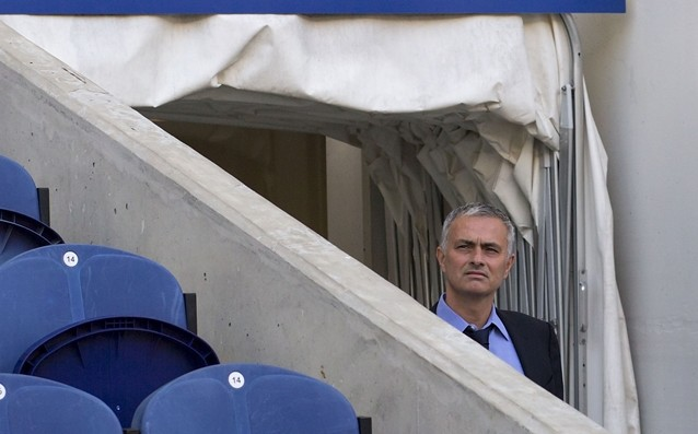 Mourinho will give instructions to the team from his hotel room