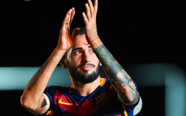 Vidal is with a message to his teammates in Barca